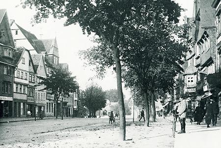 Die Kaiserstraße in Friedberg, vor 1930