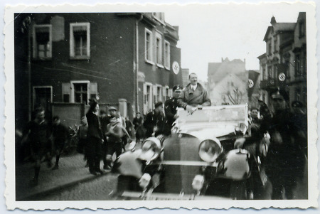 Adolf Hitler in Bensheim, 20. März 1935